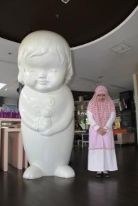 Yang mana patungnya?  :))