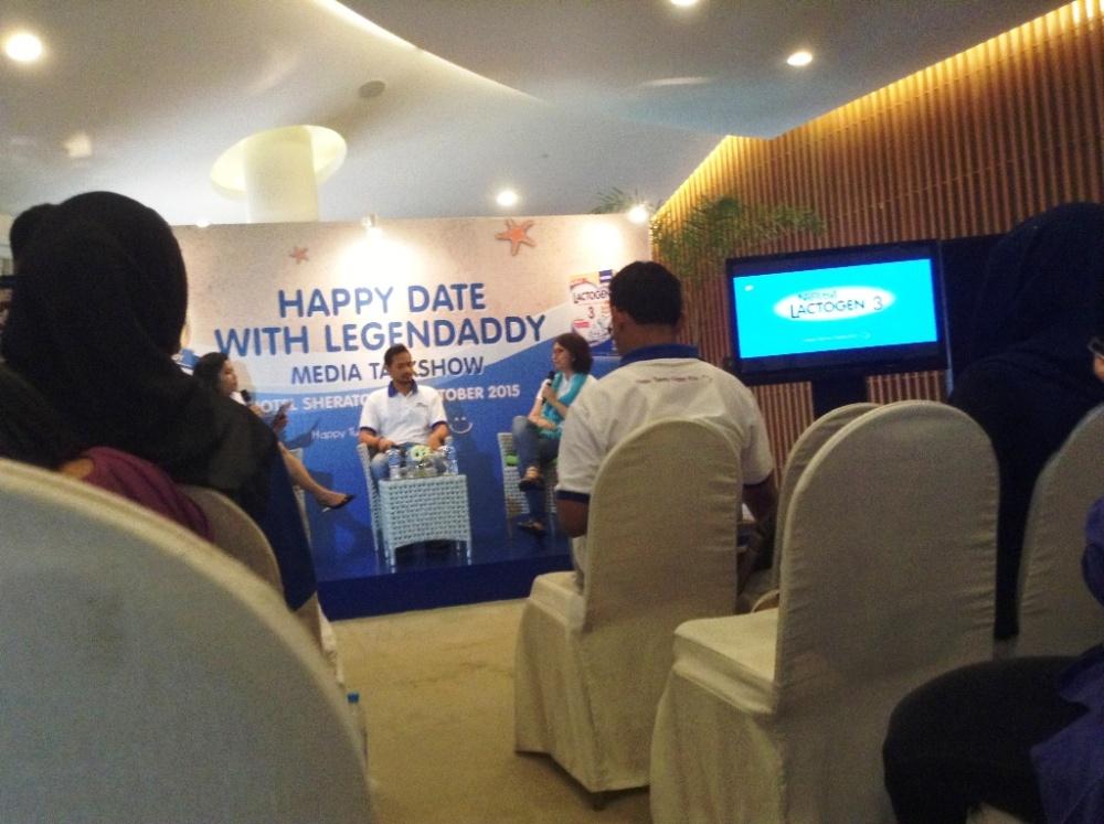 Talkshow still captured by Sidqi