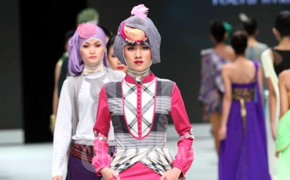 20130214_Pembukaan_Indonesia_Fashion_Week_2013_1829