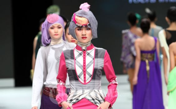 20130214_Pembukaan_Indonesia_Fashion_Week_2013_1829