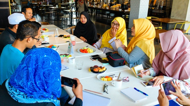 Breakfast with Dokter Iswiyanti Widyawati