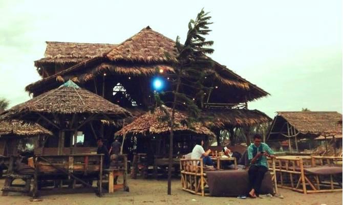 Foto 2_Kampung Turis Seafood